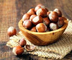 do nuts increase or decrease testosterone levels